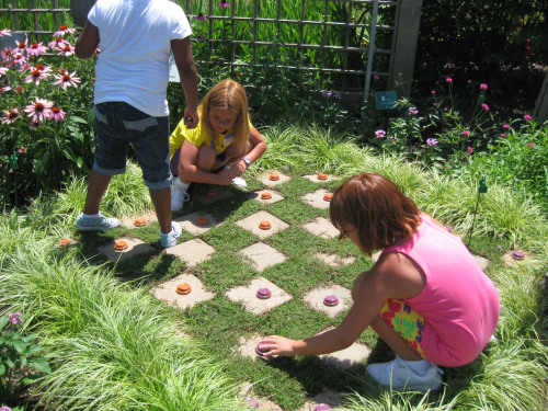 5 Ways to Garden Together as a Family - FineGardening